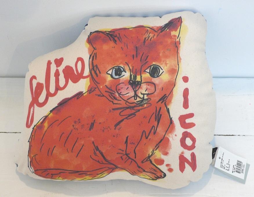 Feline icon cushion-front